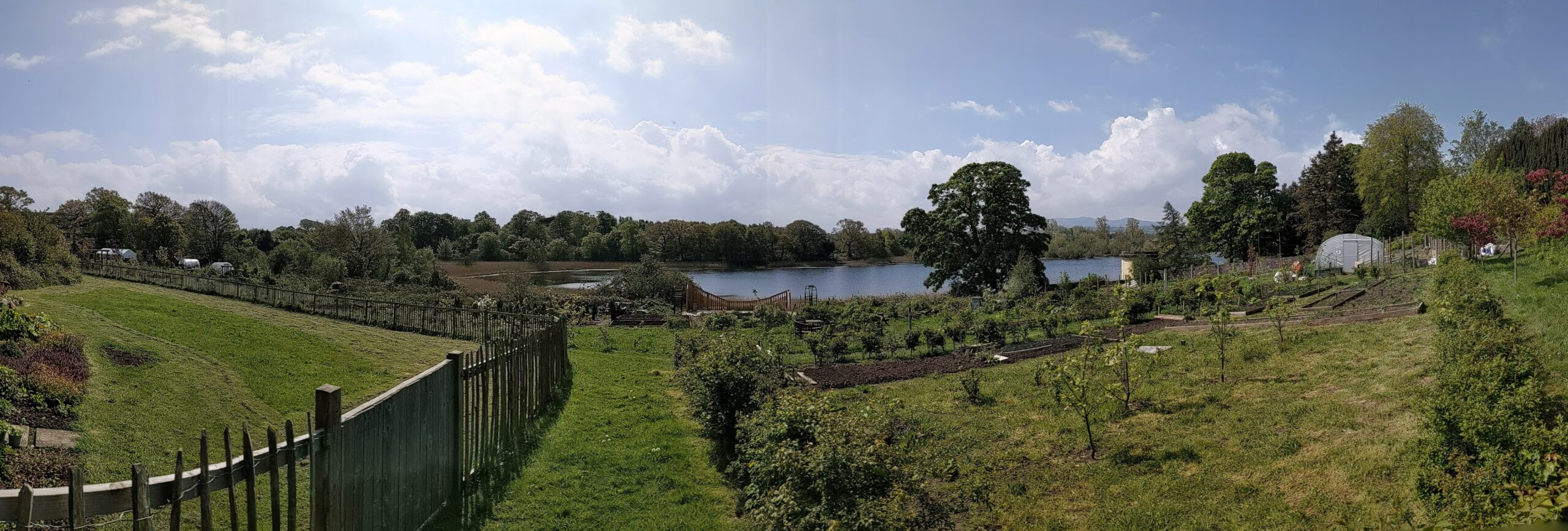 The panoramic Spring Gairden